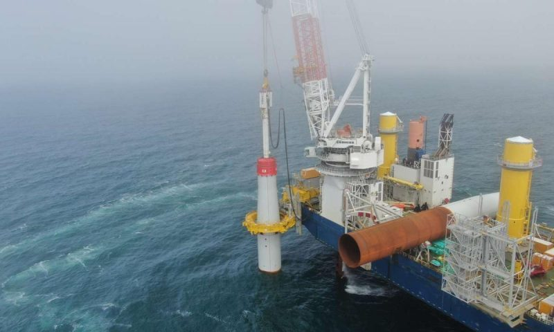 Ørsted, U.S. Coastal Virginia Offshore Wind, Dominion Energy, Jan De Nul offshore jack-up installation vessel Vole au vent