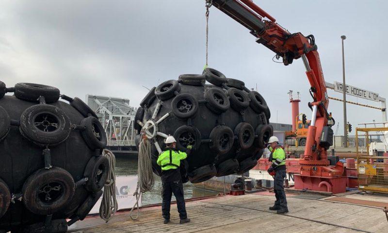Daen Service fender installatie Vopak Antwerpen