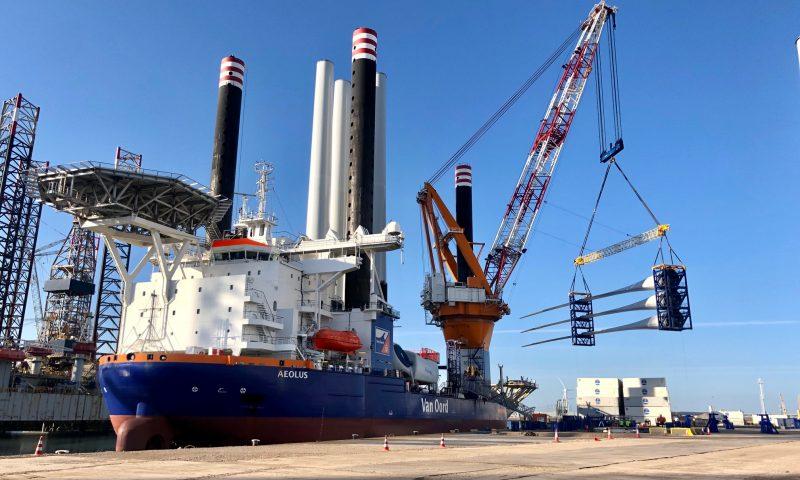 Borssele III & IV Project, MHI Vestas Offshore Wind, Van Oord, Aeolus offshore installation vessel, Blauwwind