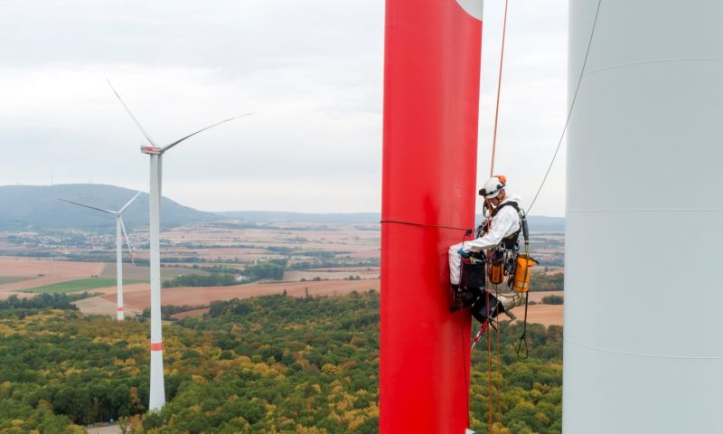 Latest Renewable news, Wind turbine installation, Maintenance , Working on height, Wind power, wind energy, clean energy renewable energy, green power