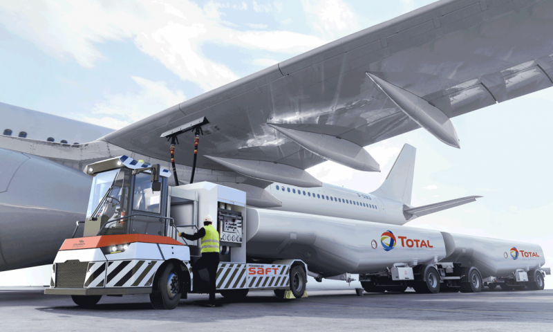 Gaussin and Total Developing World's 1st Electric Aircraft Refueller Transporter