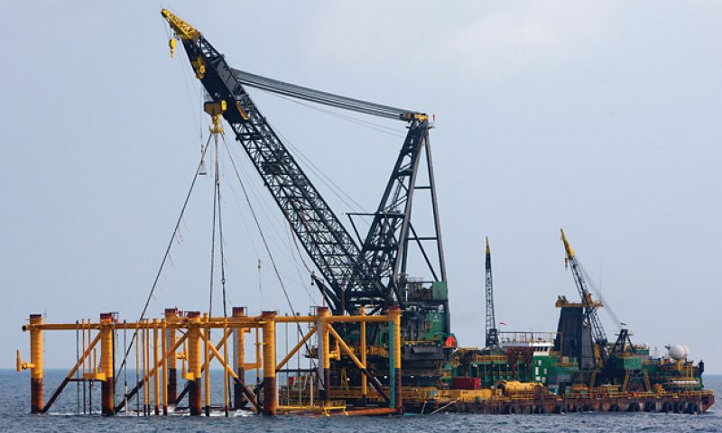 McDermott Completes Pan Malaysia Transportation and Installation Projects, Derrick Barge 30