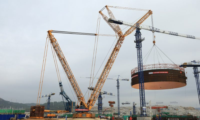 Sarens CC8800-1 Takes Leading Role at Chinese Nuclear Installation Site