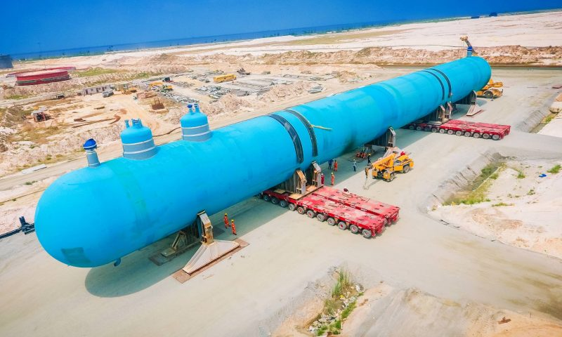 Mammoet Completes Scope at Dangote Petroleum Refinery and Petrochemical complex in Nigeria