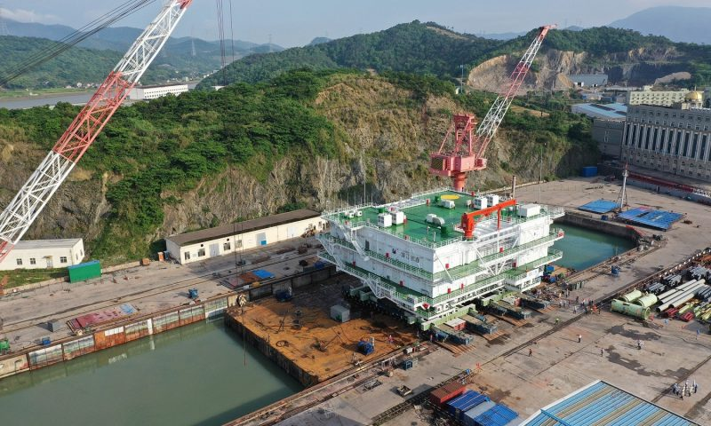 Sarens Transports and Loads-Out Transformer Module Components In China