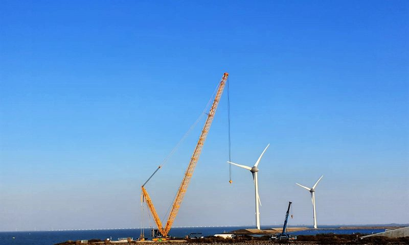 Sarens Wind Turbine Installation