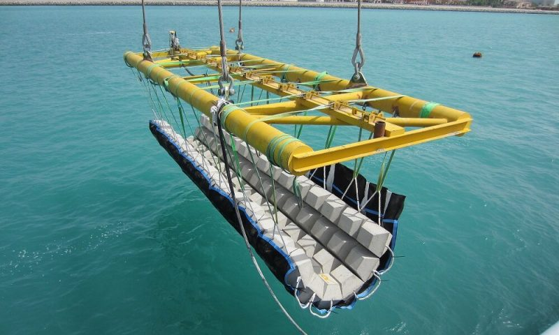 Tekmar Matras lifting frame offshore cable protection system