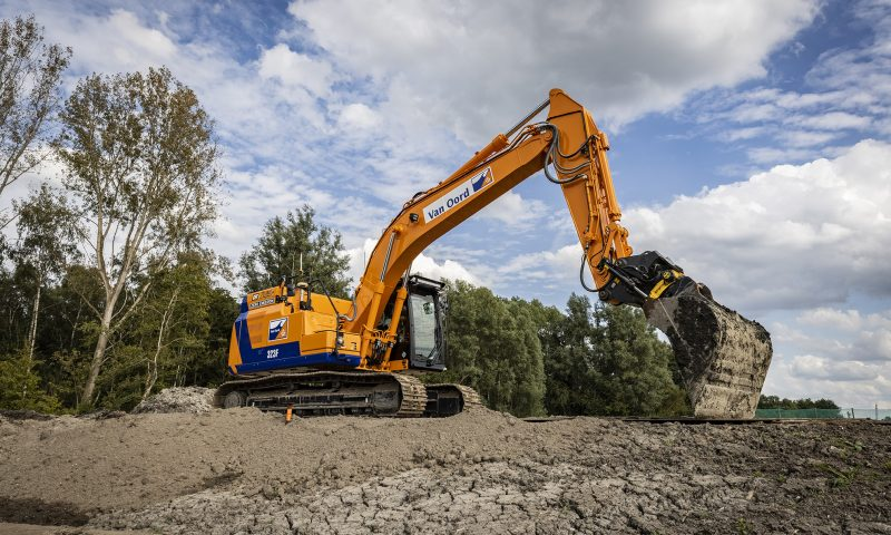 Van Oord Heavy-Duty Electric Excavator