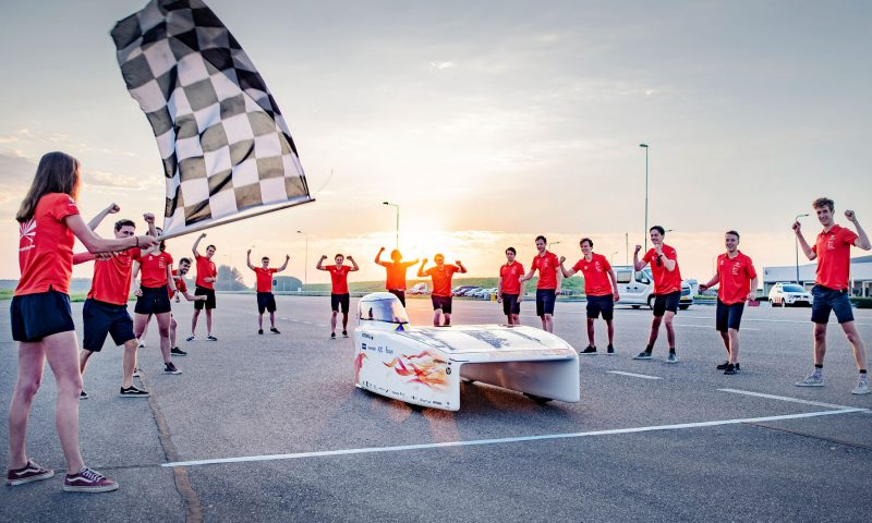 Vattenfall Solar Team Breaks Solar Racing World Endurance Record
