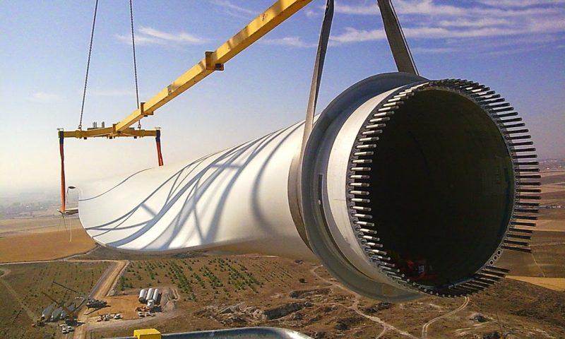 Vestas wind turbines blade installation