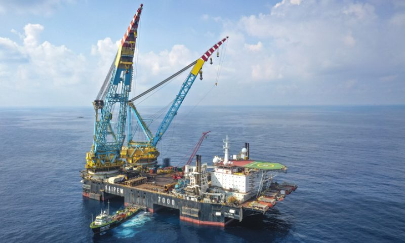 Saipem 7000 Heavy Lift Vessel