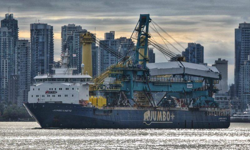 Jumbo Kinetic Transports 1435-tonne Shiploader