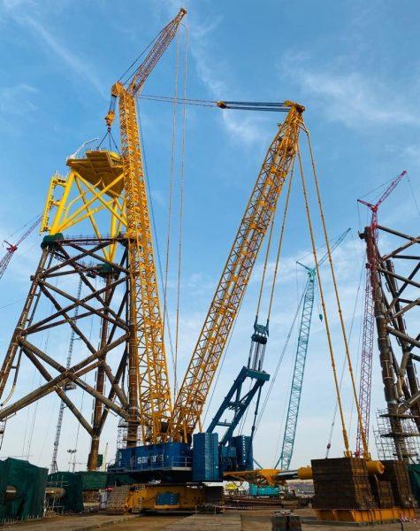 Sarens Lifts 48 Wind Farm Jackets at Lamprell Fabrication Facilities