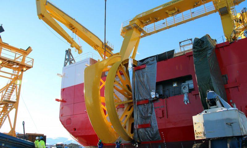 Steady Progress on Nexans Aurora at Ulstein