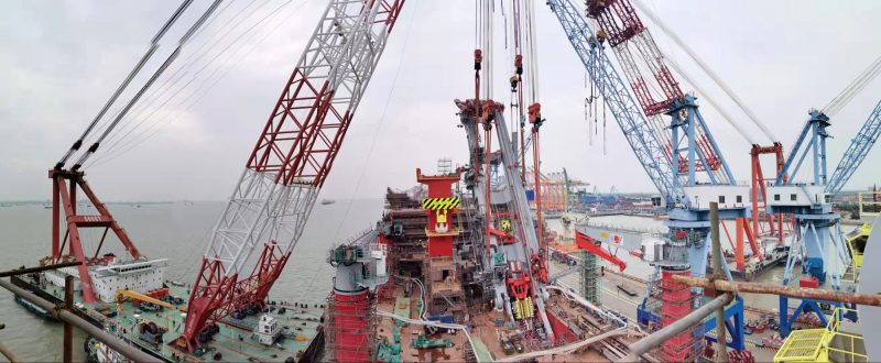 The 'JSD6000' is in her final phase of construction at the ZPMC shipyard.